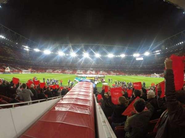 Emirates Stadium, Abschnitt: 32, Reihe: 17