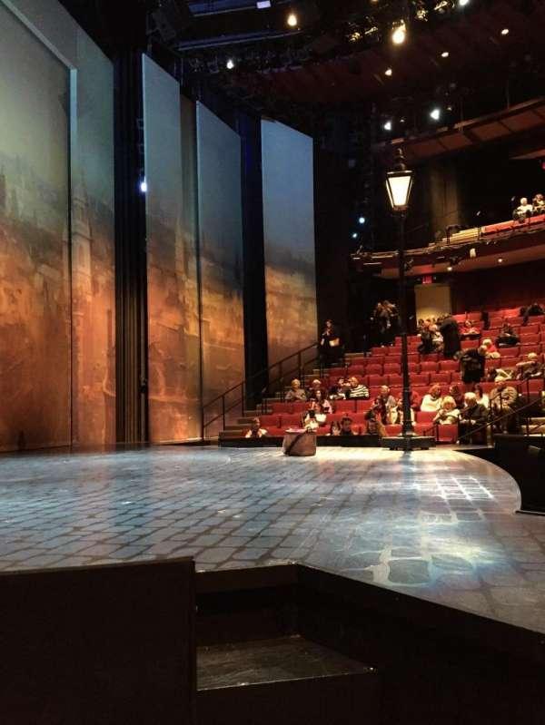 Vivian Beaumont Theater, Abschnitt: Left Side Orchestra, Reihe: C, Platz: 101