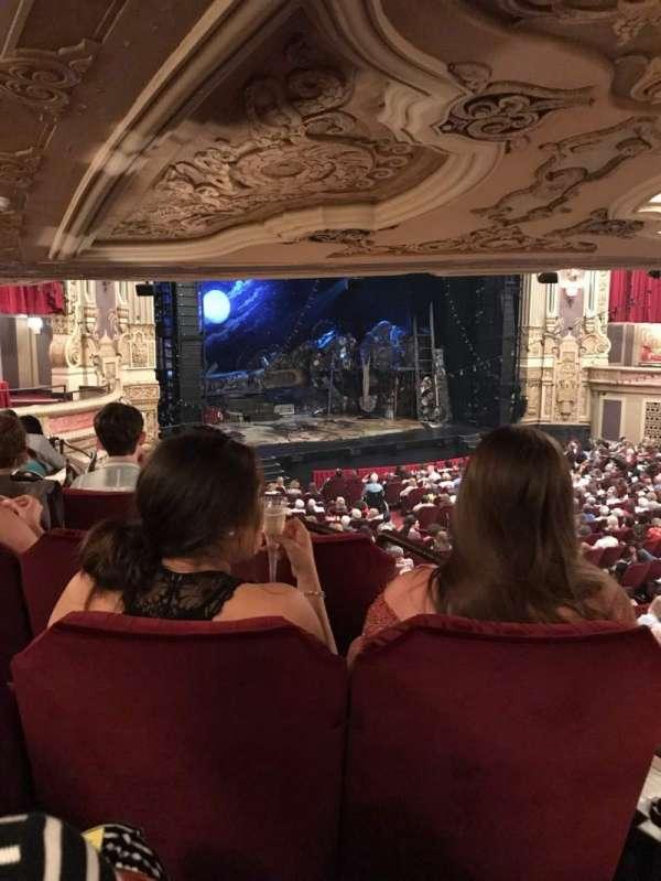 James M. Nederlander Theatre, Abschnitt: Dress Circle L, Reihe: LL, Platz: 7