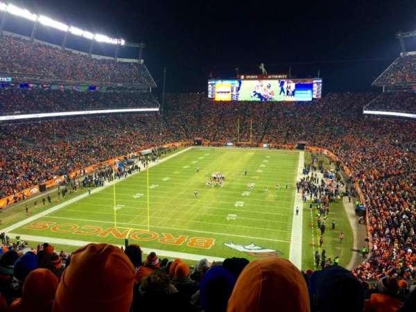 Broncos Stadium at Mile High, Abschnitt: 321, Reihe: 16, Platz: 12