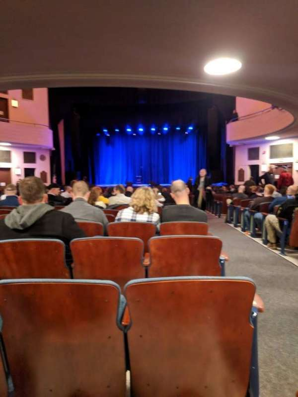 Chevalier Theatre, Abschnitt: Orchestra Center, Reihe: AA, Platz: 101