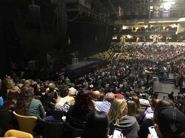 CFE Arena, Abschnitt: 105, Reihe: V, Platz: 1