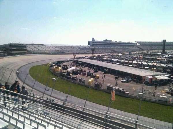 Dover International Speedway, Abschnitt: 210, Reihe: 9, Platz: 9