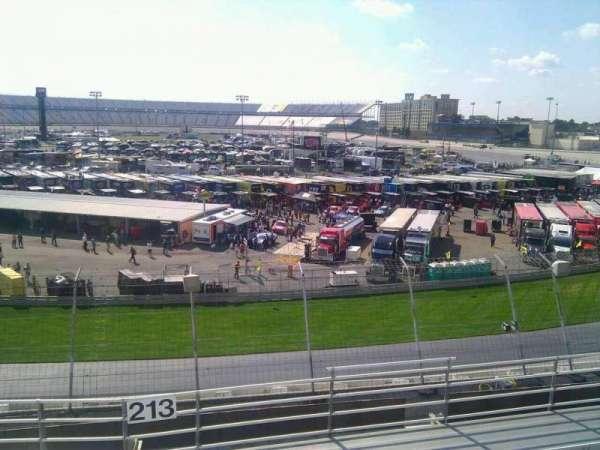Dover International Speedway, Abschnitt: 213, Reihe: 9, Platz: 9