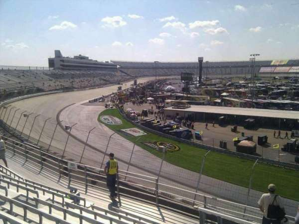 Dover International Speedway, Abschnitt: 222, Reihe: 9, Platz: 9