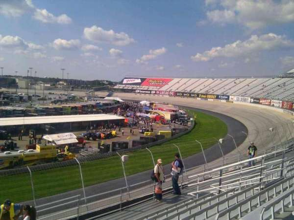 Dover International Speedway, Abschnitt: 223, Reihe: 9, Platz: 9