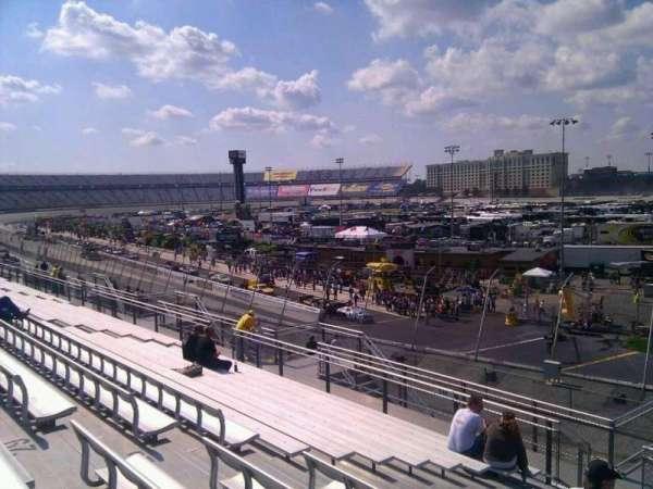 Dover International Speedway, Abschnitt: 235, Reihe: 30, Platz: 9