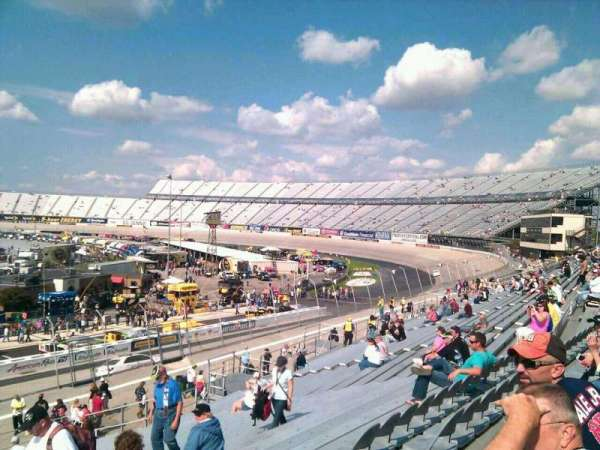 Dover International Speedway, Abschnitt: 246, Reihe: 30, Platz: 9