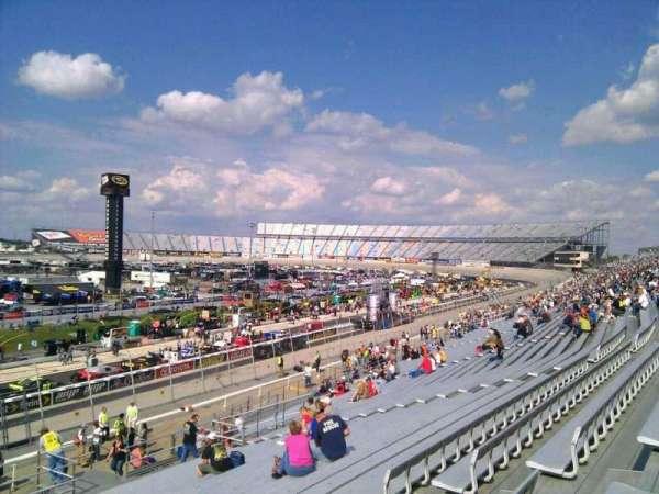 Dover International Speedway, Abschnitt: 108, Reihe: 30, Platz: 9