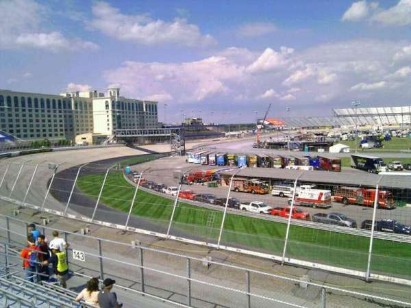 Dover International Speedway, Abschnitt: 142, Reihe: 14, Platz: 9