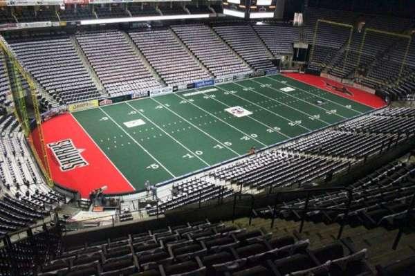 VyStar Veterans Memorial Arena, Abschnitt: 307, Reihe: H, Platz: 8