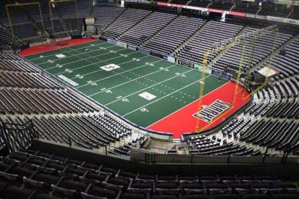 VyStar Veterans Memorial Arena, Abschnitt: 317, Reihe: F, Platz: 7