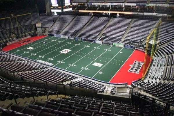 VyStar Veterans Memorial Arena, Abschnitt: 317, Reihe: G, Platz: 2