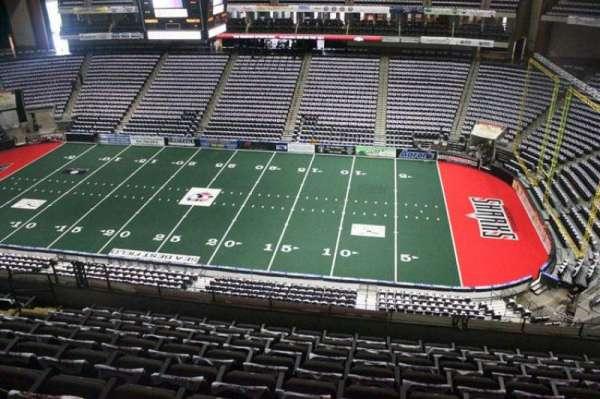 VyStar Veterans Memorial Arena, Abschnitt: 319, Reihe: G, Platz: 8