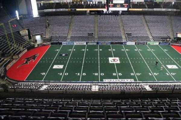 VyStar Veterans Memorial Arena, Abschnitt: 321, Reihe: F, Platz: 10