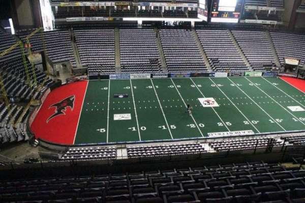 VyStar Veterans Memorial Arena, Abschnitt: 322, Reihe: F, Platz: 9