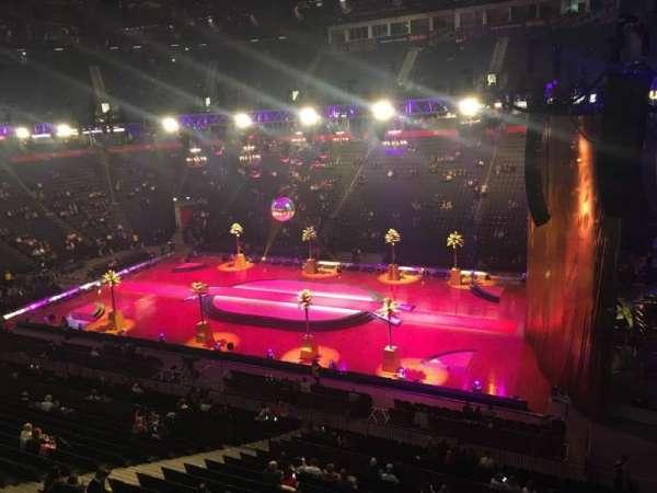 Manchester Arena, Abschnitt: 215, Reihe: A, Platz: 21