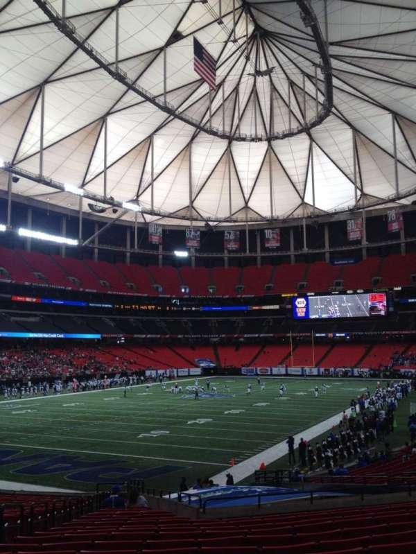 Georgia Dome, Abschnitt: 122, Reihe: 26, Platz: 5