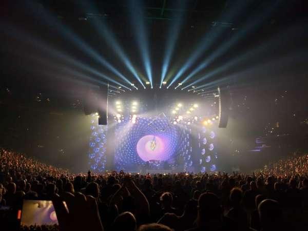 Capital One Arena, Abschnitt: Floor 4, Reihe: O, Platz: 12