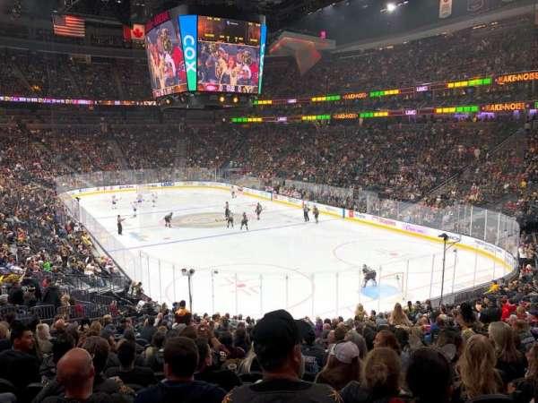 T-Mobile Arena, Bereich: 19, Reihe: W, Platz: 17
