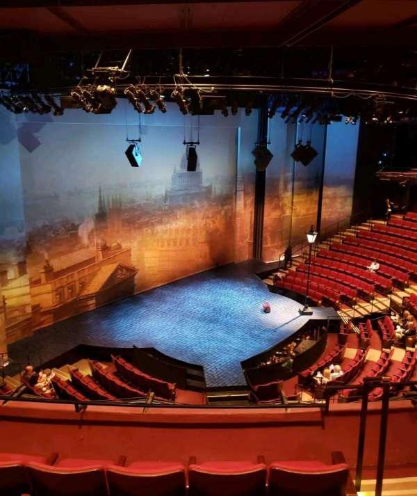 Vivian Beaumont Theater, Abschnitt: Loge, Reihe: D, Platz: 104