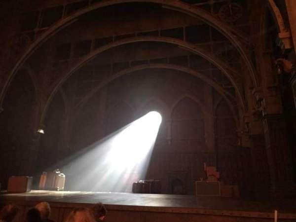 Lyric Theatre, Abschnitt: Orchestra R, Reihe: D, Platz: 12