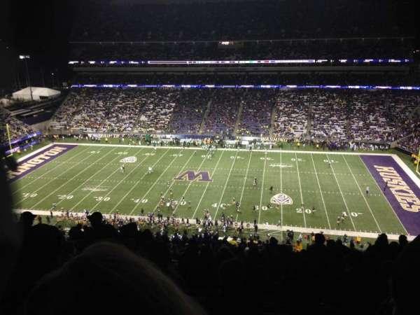 Husky Stadium, Abschnitt: 328, Reihe: 34, Platz: 3