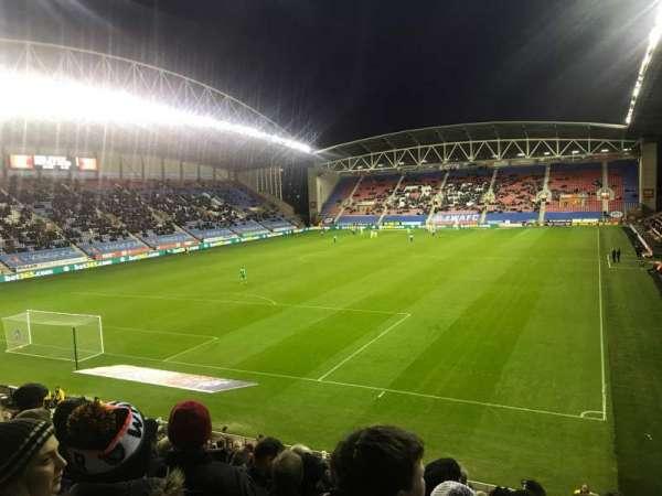 DW Stadium, Abschnitt: A2, Reihe: X, Platz: 22
