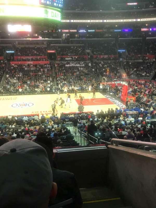Staples Center, Abschnitt: PR5, Reihe: 4, Platz: 1