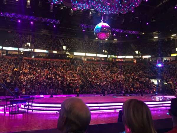 Manchester Arena, Abschnitt: Flat, Reihe: B, Platz: 8
