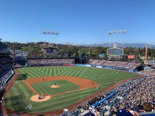 Dodger Stadium, Abschnitt: 4RS, Reihe: J, Platz: 21