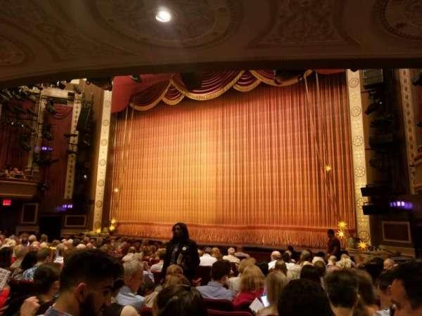 Imperial Theatre, Abschnitt: Orchestra R, Reihe: K, Platz: 10