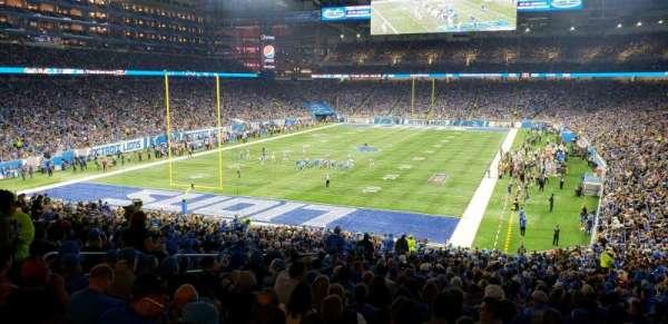 Ford Field, Abschnitt: 119, Reihe: ADA, Platz: 8