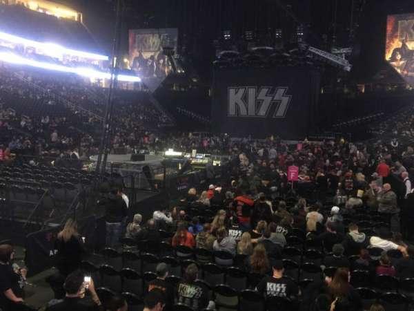 T-Mobile Arena, Abschnitt: 12, Reihe: A, Platz: 4