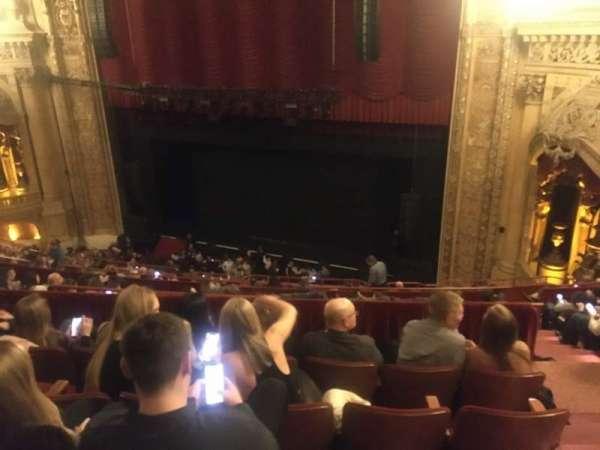 Chicago Theatre, Abschnitt: Balcony2R, Reihe: K, Platz: 220