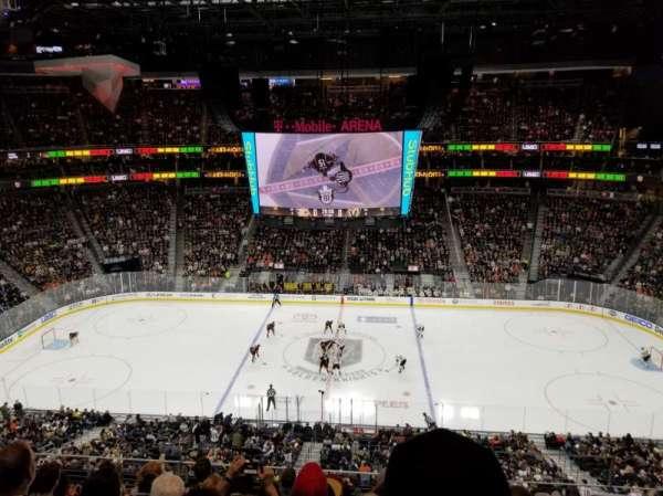 T-Mobile Arena, Abschnitt: 223, Reihe: G, Platz: 18