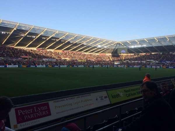 Liberty Stadium, Abschnitt: West Stand Lower 9, Reihe: D, Platz: 253