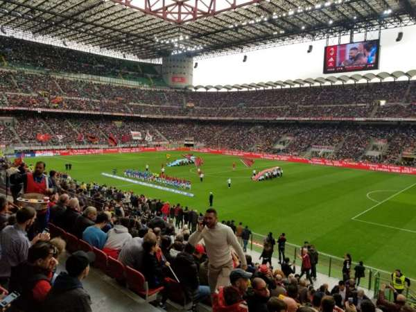 Stadio Giuseppe Meazza, Abschnitt: A, Reihe: 3, Platz: 12