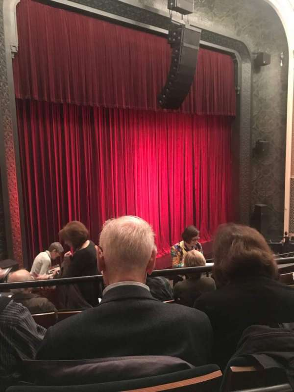 New York City Center, Abschnitt: Mezz, Reihe: A, Platz: 17