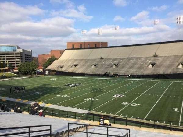 Vanderbilt Stadium, Bereich: G, Reihe: 30, Platz: 1