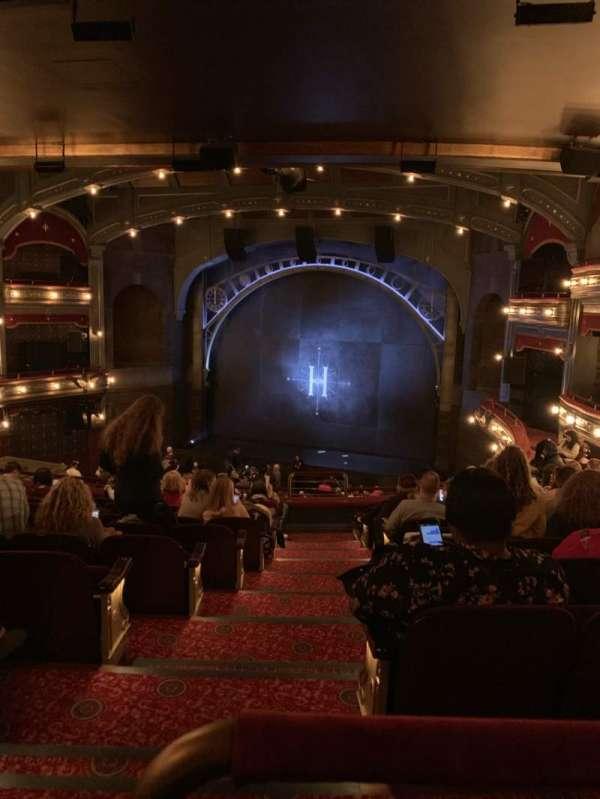 Lyric Theatre, Abschnitt: Dress Circle Right, Reihe: K, Platz: 4