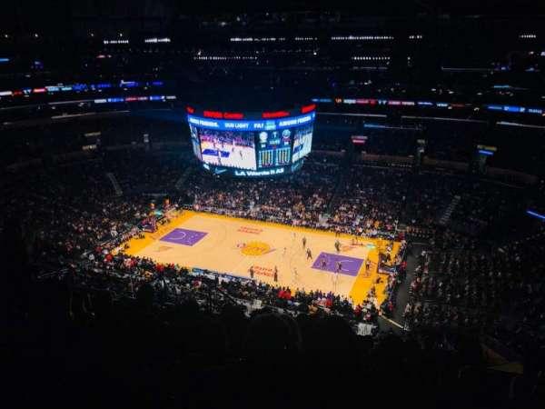 Staples Center, Abschnitt: 333, Reihe: 10, Platz: 13