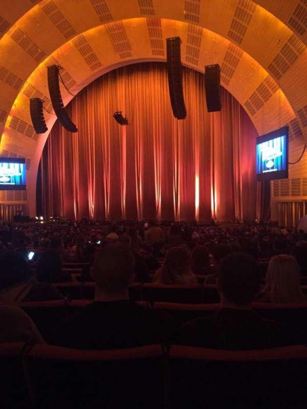 Radio City Music Hall, Abschnitt: Orchestra 2, Reihe: N, Platz: 203