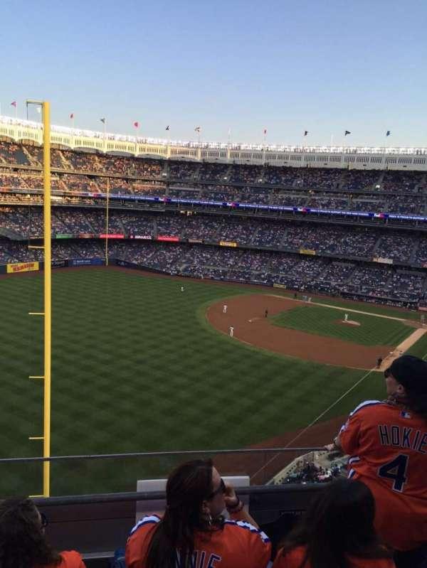 Yankee Stadium, Abschnitt: 332a, Reihe: 3, Platz: 7