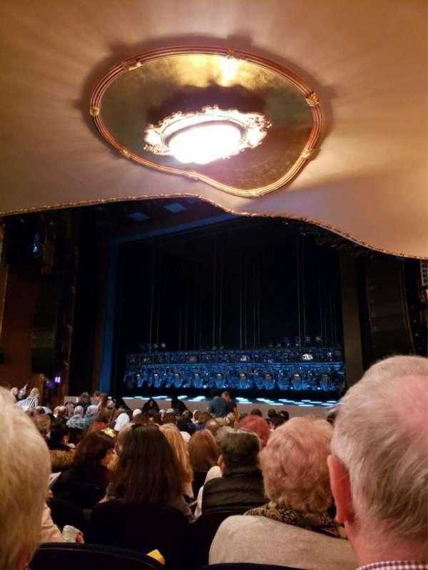 Lunt-Fontanne Theatre, Abschnitt: Orchestra R, Reihe: R, Platz: 20