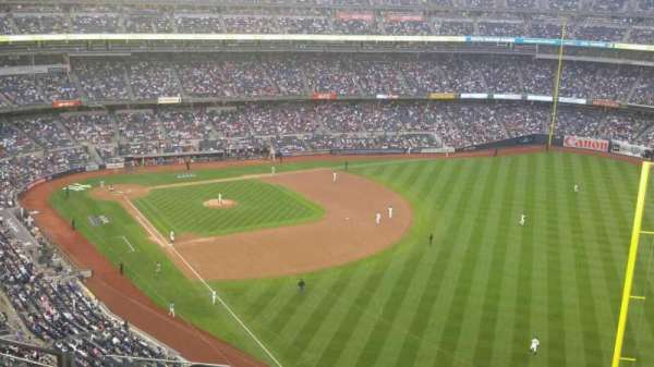 Yankee Stadium, Abschnitt: 408, Reihe: 10, Platz: 18