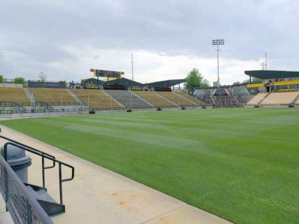 Fifth Third Bank Stadium, Abschnitt: 125, Reihe: a, Platz: 7