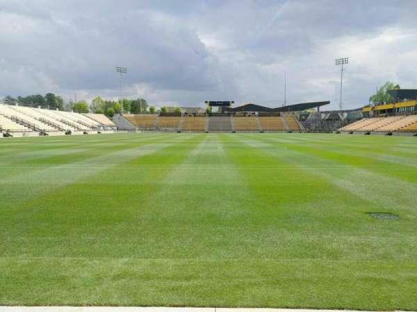 Fifth Third Bank Stadium, Abschnitt: Field