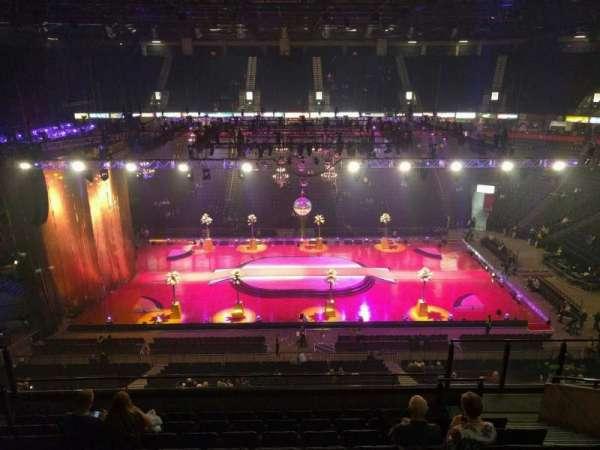 Manchester Arena, Abschnitt: 203, Reihe: j, Platz: 13