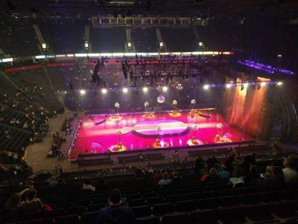Manchester Arena, Abschnitt: 213, Reihe: r, Platz: 17